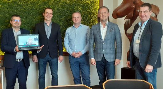 Vertrag über den Bau eines neuen Hauptsitzes von Polipak unterzeichnet!
